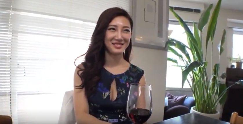 森川アンナ、セックスレスの美人妻が性欲爆発!濃厚セックス膣内射精