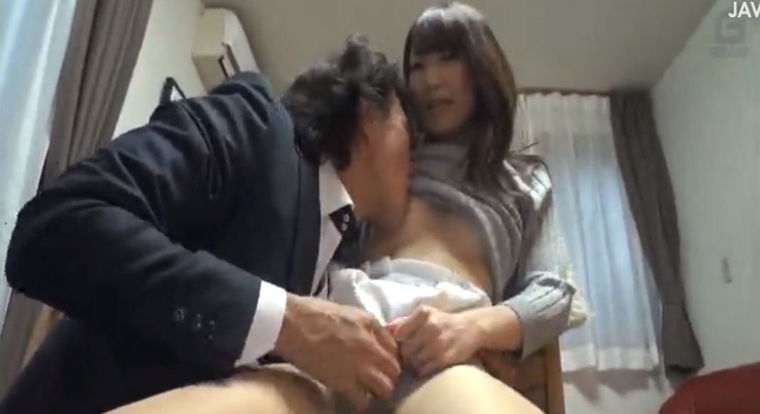妊娠しないかなぁ…癒し系人妻をナンパし、セックスレスの膣穴に中出し